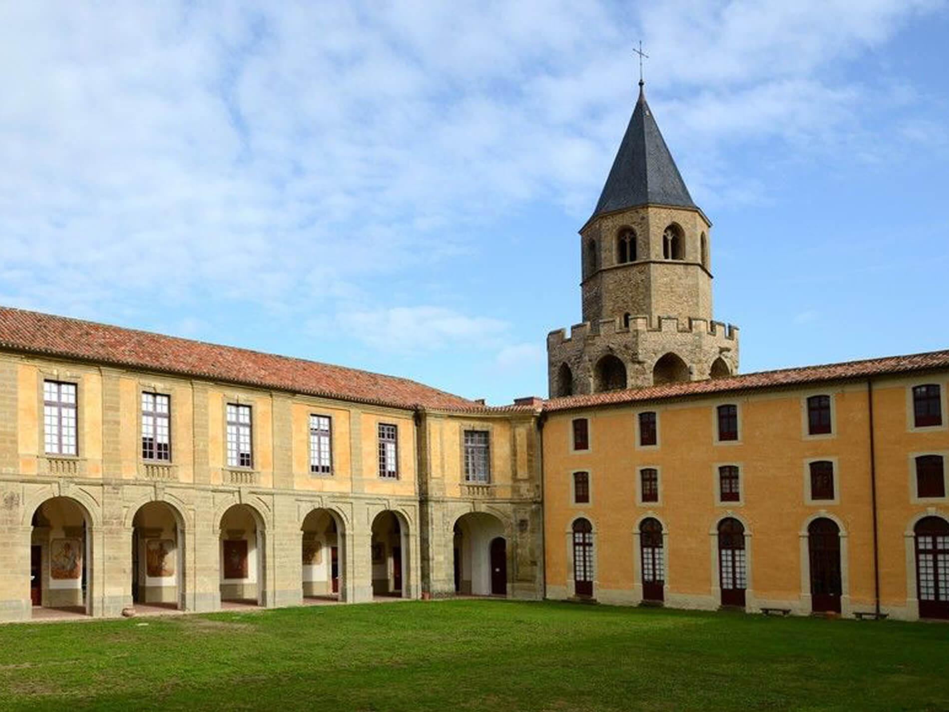 L'Abbaye École de Sorèze dans le Tarn