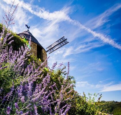 Le Moulin à vent de Lautrec dans le Tarn Occitanie